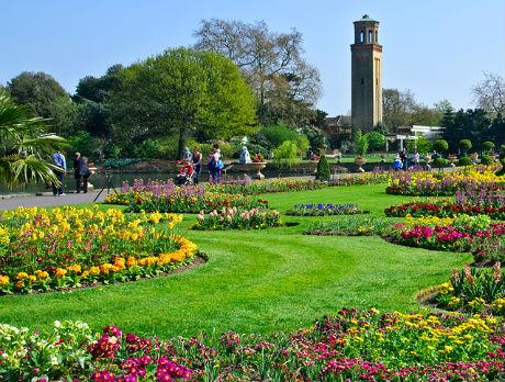 public-gardens-england